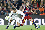 FC Barcelona's Jordi Alba (r) and Real Madrid's Cristiano Ronaldo during La Liga match. April 2,2016. (ALTERPHOTOS/Acero)