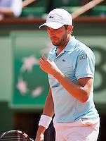 02-06-12, France, Paris, Tennis, Roland Garros,  Julien Benneteau