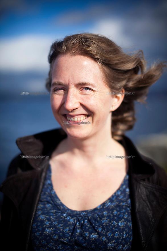 Oslo, Norge, 02.10.2012. Hilde Børresen Hagerup (født 26. februar 1976 i Tromsø) er en norsk forfatter. Hun har hovedsakelig skrevet ungdomsbøker, men høsten 2005 ga hun ut sin første voksenroman, Lysthuset. Foto: Christopher Olssøn.
