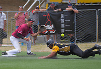 Wayne Laulu makes third base. Wellington v North Harbour men's final. 2020 National Fastpitch Softball Championships at Fraser Park in Lower Hutt, New Zealand on Sunday, 16 February 2020. Photo: Dave Lintott / lintottphoto.co.nz