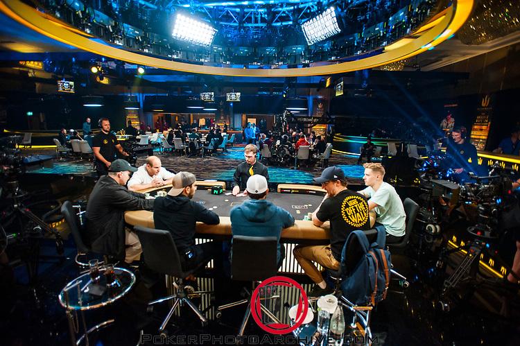 Final Table Production Set