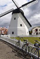 Windm&uuml;hle von &Aring;rsdale auf der Insel Bornholm, D&auml;nemark, Europa<br /> windmill in &Aring;rsdale, Isle of Bornholm Denmark