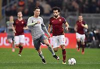 FUSSBALL CHAMPIONS LEAGUE  SAISON 2015/2016 ACHTELFINAL HINSPIEL AS Rom - Real Madrid                 17.02.2016 Cristiano Ronaldo (li, Real Madrid) gegen Mohamed Salah (re, AS Rom)