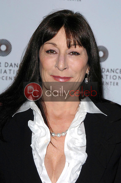 """Anjelica Huston<br />at the """"Thrill. Then Chill."""" After Party. Dorothy Chandler Pavilion, Los Angeles, CA. 02-24-06<br />Dave Edwards/DailyCeleb.com 818-249-4998"""