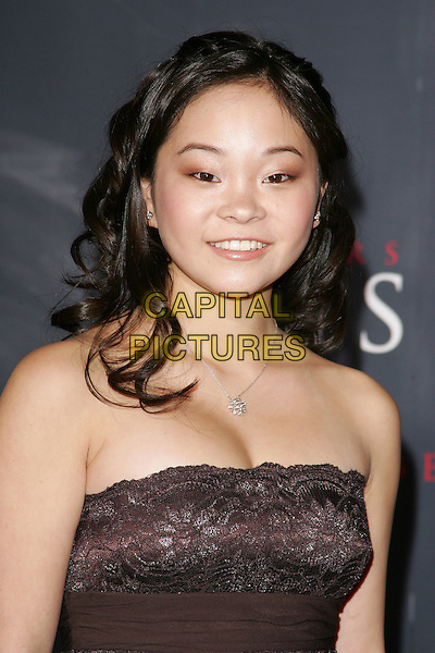 """SAMANTHA FUTERMAN.Los Angeles Premiere of Columbia Pictures' """"Memoirs of a Geisha""""held at the Kodak Theater, Hollywood, California..December 4th, 2005.Photo: William Scott/Admedia/Capital Pictures.Ref: WS/ADM.headshot portrait strapless.www.capitalpictures.com.sales@capitalpictures.com.© Capital Pictures."""