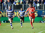Joann Huget of Toulouse outpaces Chris Cook of Bath Rugby - European Rugby Champions Cup - Bath Rugby vs Toulouse - Recreation Ground Bath - Season 2014/15 - October 25th 2014 - <br /> Photo Malcolm Couzens/Sportimage
