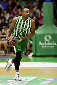 7th January 2018, San Pablo Sports Municipal Palace, Seville, Spain; Endesa League Basketball, Real Betis Energia Plus versus FC Barcelona Lassa; Draper from Betis Plus brings the ball foward
