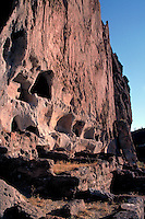 NATIVE AMERICAN INDIAN, CLIFF DWELLINGS. NEW MEXICO USA BANDOLIER NATIONAL MONUMENT.