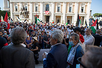 Massimo D'Alema first attempt to speak. <br />
