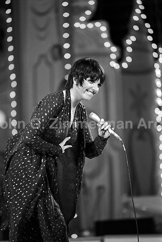 "Liza Minnelli performs at the ""Circus of the Stars,"" (CBS Special), Santa Monica Civic Auditorium, November, 1976. Photo by John G. Zimmerman"