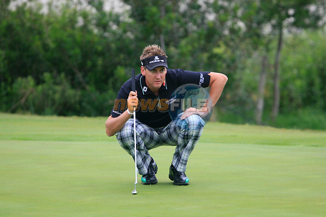 Ian Poulter (ENG) in action on the 7th green during Day 2 of the Volvo World Match Play Championship in Finca Cortesin, Casares, Spain, 20th May 2011. (Photo Eoin Clarke/Golffile 2011)