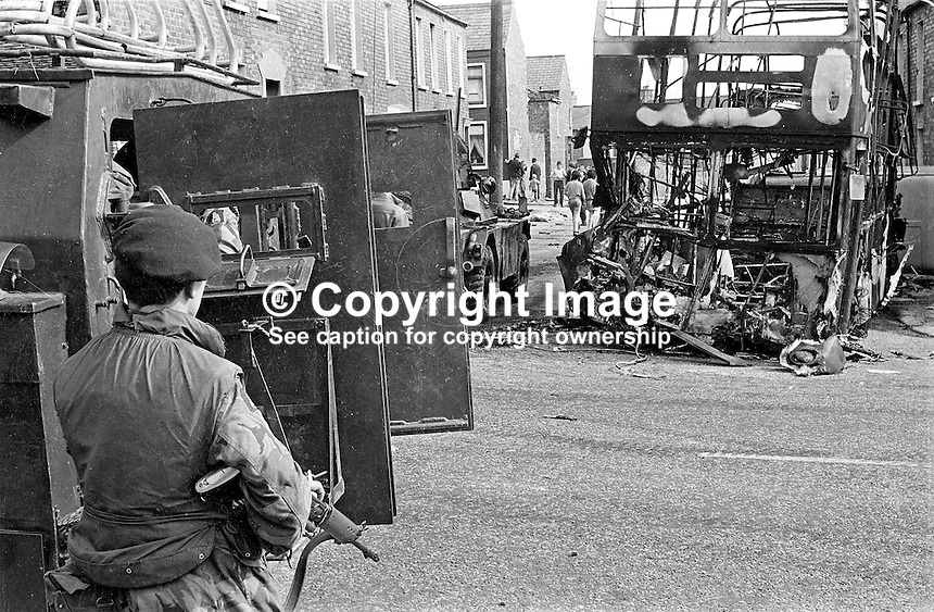 British soldiers on duty in the Ardoyne district of Belfast in the aftermath of post-Internment overnight rioting. 385/71, 197108090385b..Copyright Image from Victor Patterson, 54 Dorchester Park, Belfast, UK, BT9 6RJ..Tel: +44 28 9066 1296.Mob: +44 7802 353836.Voicemail +44 20 8816 7153.Skype: victorpattersonbelfast.Email: victorpatterson@mac.com.Email: victorpatterson@ireland.com (back-up)..IMPORTANT: If you wish to use this image or any other of my images please go to www.victorpatterson.com and click on the Terms & Conditions. Then contact me by email or phone with the reference number(s) of the image(s) concerned.