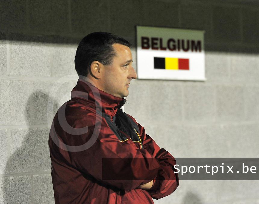 UEFA Women's Euro Qualifying group stage (Group 3) -  KFC Dessel - Armand Melis Stadion : BELGIUM - NORWAY ( Belgie - Noorwegen) : Belgisch Bondscoach Ives Serneels..foto DAVID CATRY / Vrouwenteam.be / Loft6.be