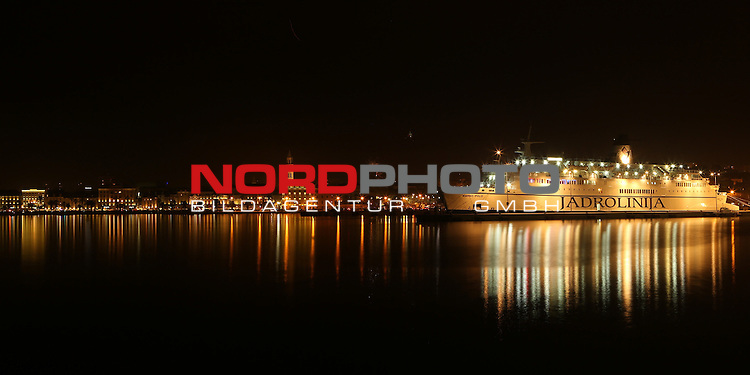 01.01.2014., Split , Croatia -  New Year celebrations .View to the waterfront and fireworks<br /> <br /> Foto &not;&copy;  nph / PIXSELL / Ivo Cagalj