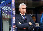 Crystal Palace's Alan Pardew looks on during the Premier League match at Selhurst Park Stadium, London. Picture date December 17th, 2016 Pic David Klein/Sportimage