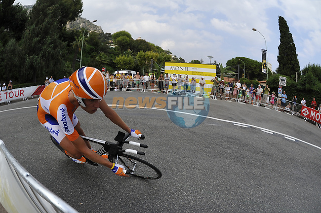 Rabobank team rider Joost Posthuma (NED) rounds the hairpin during the Prologue Stage 1 of the 2009 Tour de France a 15.5km individual time trial held around Monaco. 4th July 2009 (Photo by Eoin Clarke/NEWSFILE)