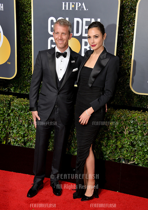 Gal Gadot &amp; Yaron Versano at the 75th Annual Golden Globe Awards at the Beverly Hilton Hotel, Beverly Hills, USA 07 Jan. 2018<br /> Picture: Paul Smith/Featureflash/SilverHub 0208 004 5359 sales@silverhubmedia.com