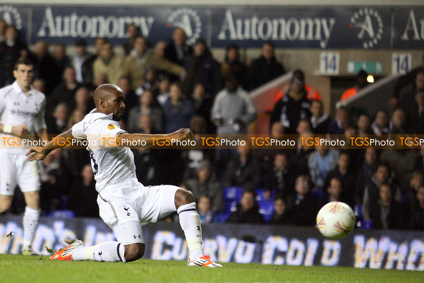 Jermain Defoe of Tottenham Hotspur scores the second goal - Tottenham Hotspur vs NK Maribor at the White Hart Lane Stadium  - 08/11/12 - MANDATORY CREDIT: Dave Simpson/TGSPHOTO - Self billing applies where appropriate - 0845 094 6026 - contact@tgsphoto.co.uk - NO UNPAID USE.