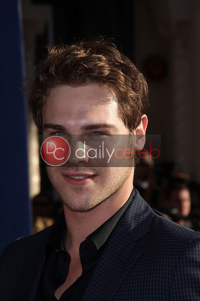 Grey Damon<br />