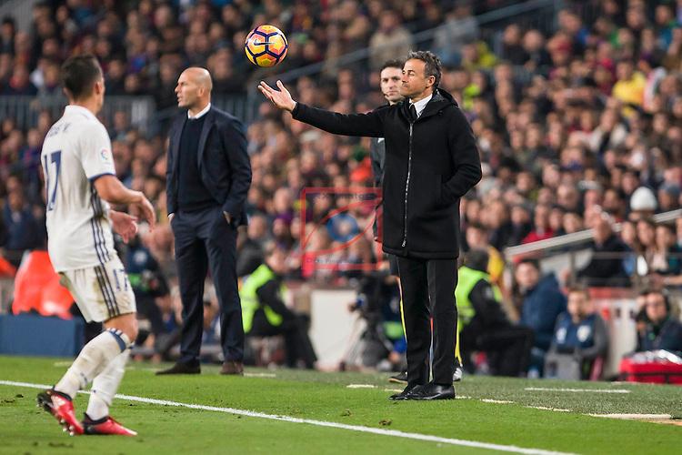 League Santander 2016/2017. Game: 14.<br /> FC Barcelona vs Real Madrid: 1-1.<br /> Lucas Vazquez, Zinedine Zidane &amp; Luis Enrique Martinez.