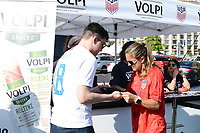 St. Louis, MO - Thursday May 16, 2019: The women's national teams of the United States (USA) and New Zealand (NZL) play in an international friendly match at Busch Stadium.Volpi / Brandi Chastain.
