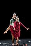 """IS IT WORTH TO SAVE US ? <br /> <br /> Direction : Kaori Ito<br /> Chorégraphie et texte : Kaori Ito & Mirai Moriyama<br /> D'après """"Une belle planète"""" deYukio Mishima<br /> Costumes : Aurore Thibout<br /> Lumières : Arno Veyrat<br /> Design sonore : Adrien Maury<br /> Date : 25/10/2018<br /> Lieu : MAC<br /> Ville : Créteil<br /> © Laurent Paillier / photosdedanse.com"""