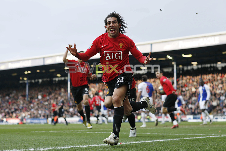 PICTURE BY Ben Duffy/SWPIX.COM -Premier league football, Blackburn v Manchester united.....19/04/08. ..Copyright - Simon Wilkinson - 07811267706 ..Manchester's Carlos Tevez celebrates scoring