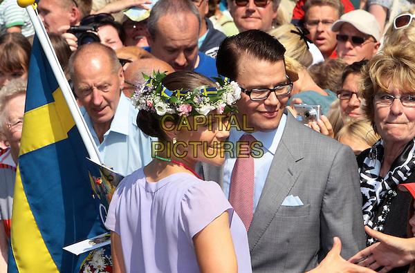 Kronprinzessin Victoria von Schweden mit ihrem Verlobten Daniel Westling, Victoriatag, 32. Geburtstag von Prinzessin Victoria von Schweden, Schloss Solliden auf Öland, Schweden, 14. Juli 2009, Foto: People Picture/Willi Schneider/CAPITAL PICTURES