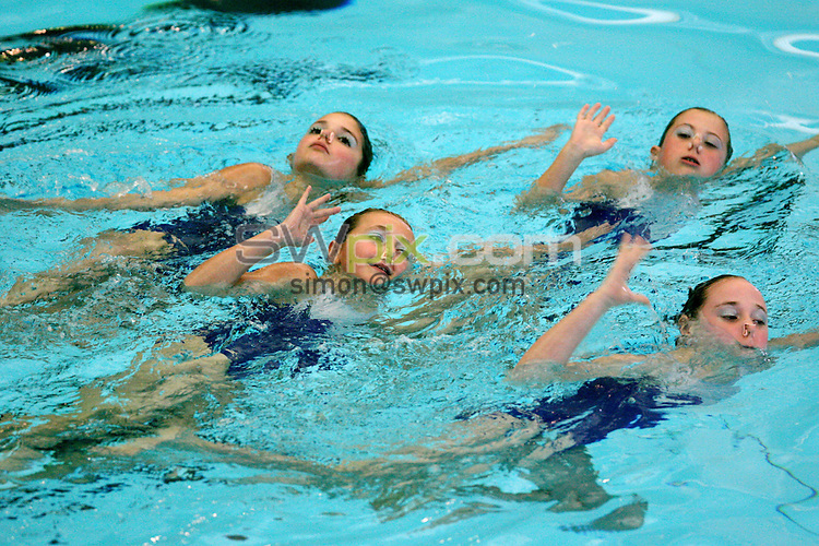 Pix: Chris Whiteoak/SWpix.com. Synchronised Swimming, ASA National Age Groups, Gloucester, 3/12/06..copyright picture>>simon wilkinson>>07811267706>>..Trafford compete in the 12 and Under team recreational