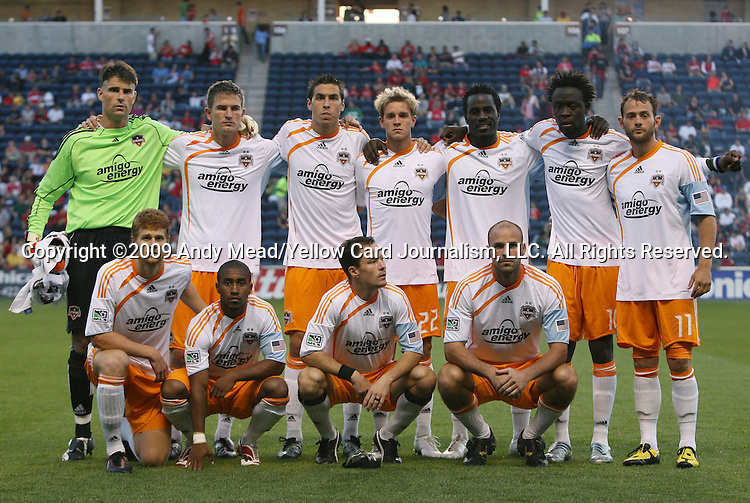05 June 2009: Houston's starters pose for a team photo. Front row (l to r): Andrew Hainault, Corey Ashe, Richard Mulrooney, Craig Waibel. Back row (l to r): Pat Onstad, Bobby Boswell, Geoff Cameron, Stuart Holden, Ade Akinbiyi, Kei Kamara, Brad Davis. The Houston Dynamo defeated the Chicago Fire 1-0 at Toyota Park in Bridgeview, Illinois in a regular season Major League Soccer game.