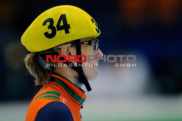 14.01.2011, Thialf, Heerenveen, NLD, ISU European short track speed skating Championships, im Bild: Annita van Doorn 1500m  <br /> Foto &copy; nph / Ronald Hoogendoorn