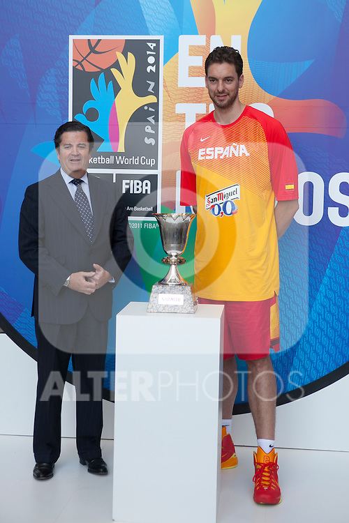 Pau Gasol and Endesa´s President Borja Prado during the official presentation of Spain´s basketball team for the 2014 Spain Basketball Championship in Madrid, Spain. July 24, 2014. (ALTERPHOTOS/Victor Blanco)