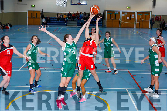 Miriam Leane Team Tom McCarthy's gets her shot in over Aoiffe Henn Limerick Celtics during their Div One National League clash in Castleisland on Friday night