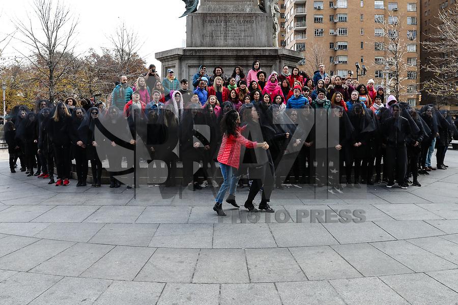 NEW YORK, EUA,02.12.2017 - PROTESTO-NEW YORK - Ativistas de base liderarão Dream Killers, Women's March, United We Dream realizam protesto em arte de performance no Columbus Circle no Central Park em New York para exigir que o Congresso passe o Clean Dream Act antes de suas férias. (Foto: Vanessa Carvalho/Brazil Photo Press)