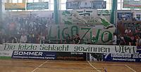 Handball - Relegationsspiel zum Aufstieg in die 2. Bundesliga - SC DHfK Leipzig spielt zu Hause in der Ernst-Grube-Halle gegen Dessau-Rosslauer HV..Im Bild: Die Fans sind sich vor dem Spiel schon sicher, dass das Team den Aufstieg packt. .Foto: Christian Nitsche.Jegliche kommerzielle Nutzung ist honorar- und mehrwertsteuerpflichtig! Persönlichkeitsrechte sind zu wahren. Es wird keine Haftung übernommen bei Verletzung von Rechten Dritter. Autoren-Nennung gem. §13 UrhGes. wird verlangt. Weitergabe an Dritte nur nach vorheriger Absprache.