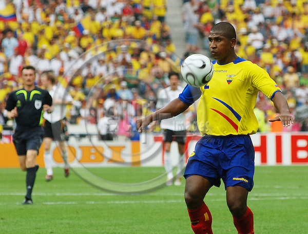 """BERLIN - GERMANY 20. JUNE 2006 - Olympiastadion -- FIFA World Cup 2006 - Germany - Ecuador  3 -0 -- PHOTO: GORM K. GAARE / EUP & IMAGES..This image is delivered according to terms set out in """"Terms - Prices & Terms"""". (Please see www.eup-images.com for more details)"""