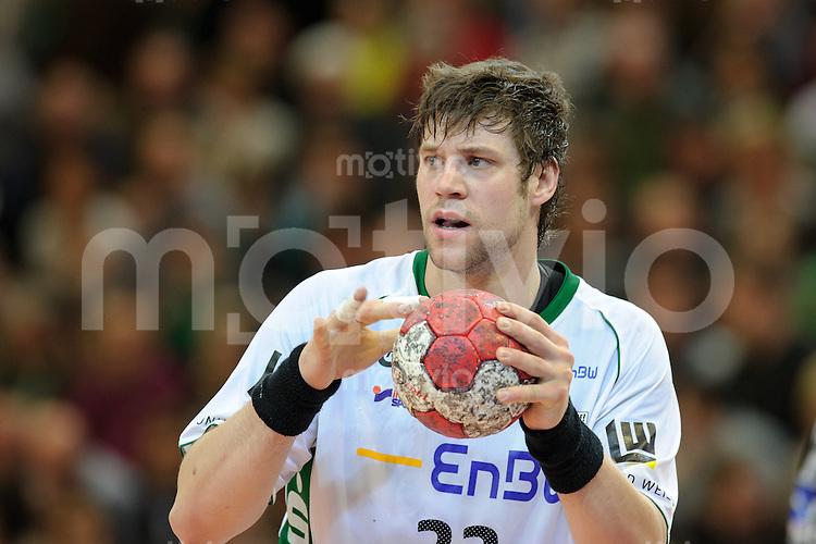 Momir Rnic (FAG) am Ball