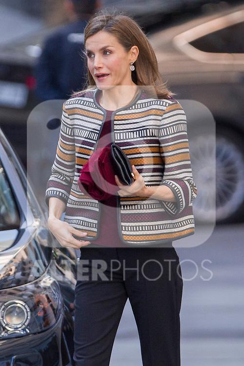 Spanish Queen Letizia entering the headquarters of the Organization Medical College in Madrid, Spain. October 26, 2016. (ALTERPHOTOS/Rodrigo Jimenez)