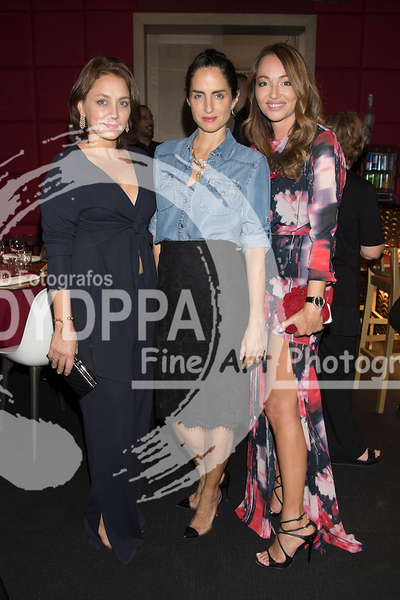 Adriana Carolina Herrera (C); Ana Antic (R)