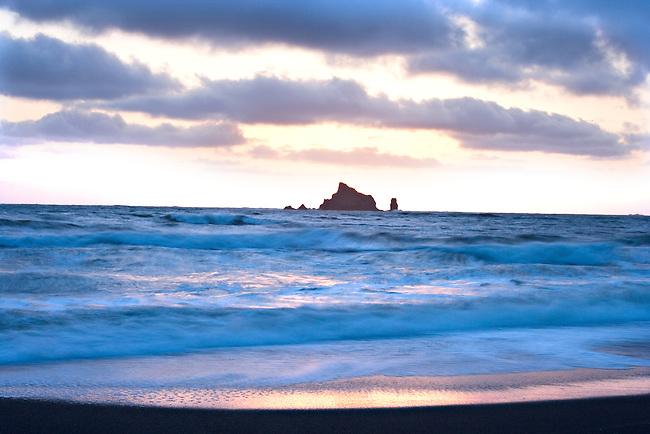 Dramatic Breaking Waves and Rock Monolith in Sunset, Rialto Beach, Olympic National Park, Washington State