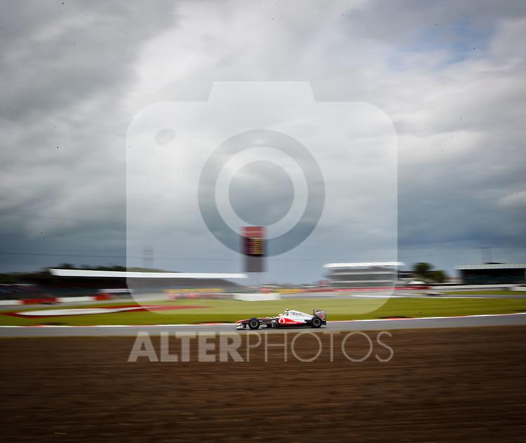 08.07.2011, Silverstone Circuit, Silverstone, GBR, F1, Großer Preis von Großbritannien, Silverstone, im Bild Jenson Button (GBR), McLaren-Mercedes // during the Formula One Championships 2011 British Grand Prix held at the Silverstone Circuit, Northamptonshire, United Kingdom, 2011-07-08, EXPA Pictures © 2011, PhotoCredit: EXPA/ J. Feichter