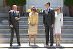 Spanish Royals King Juan Carlos of Spain (L), Queen Sofia of Spain (2L), Prince Felipe of Spain (2R) and Princess Letizia of Spain receive Mexico´s President Enrique Pena Nieto and his wife Angelica Rivera at Zarzuela Palace in Madrid, Spain. June 09, 2013. (ALTERPHOTOS/Victor Blanco)