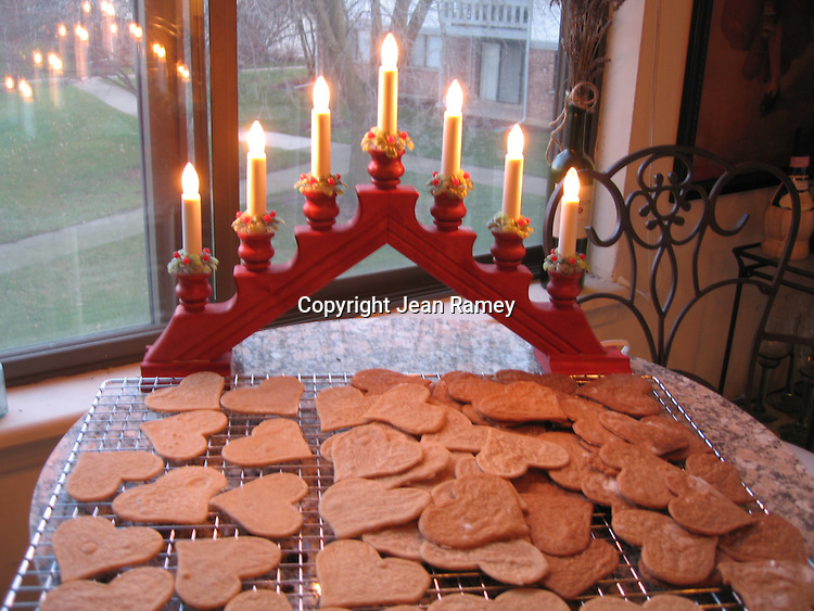 Swedish Pepparkakors and Christmas lights