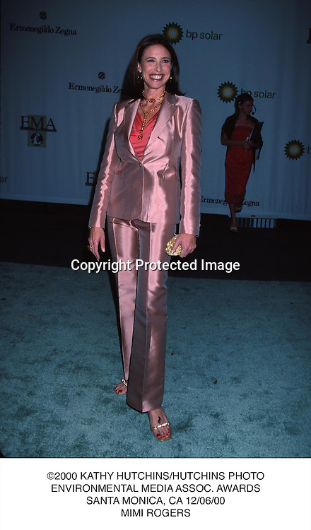 ©2000 KATHY HUTCHINS/HUTCHINS PHOTO.ENVIRONMENTAL MEDIA ASSOC. AWARDS.SANTA MONICA, CA 12/06/00.MIMI ROGERS