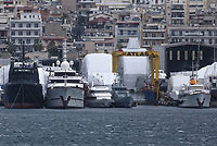 HMC Valiant by a shipyard in the Perama area of Piraeus, Greece. Thursday 03 January 2018
