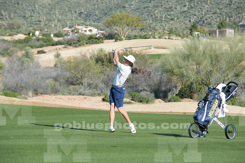 The University of Michigan men's golf team wins the Desert Mountain Classic in Scottsdale, Ariz., on March 5, 2017.