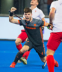 BHUBANESWAR (INDIA) -  Lars Balk (Ned) heeft de stand op 1-0 gebracht tijdens Nederland-Canada bij het WK Hockey heren. COPYRIGHT KOEN SUYK