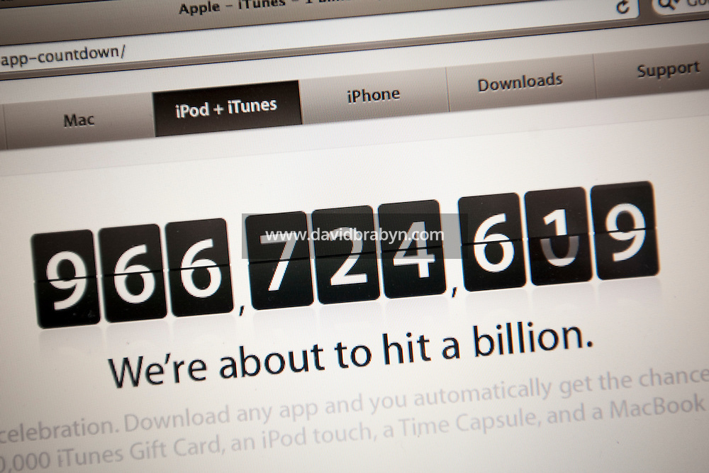 View of a computer screen displaying Apple's App Store iPhone application download log as it approaches the 1 billion mark, 17 April 2009.