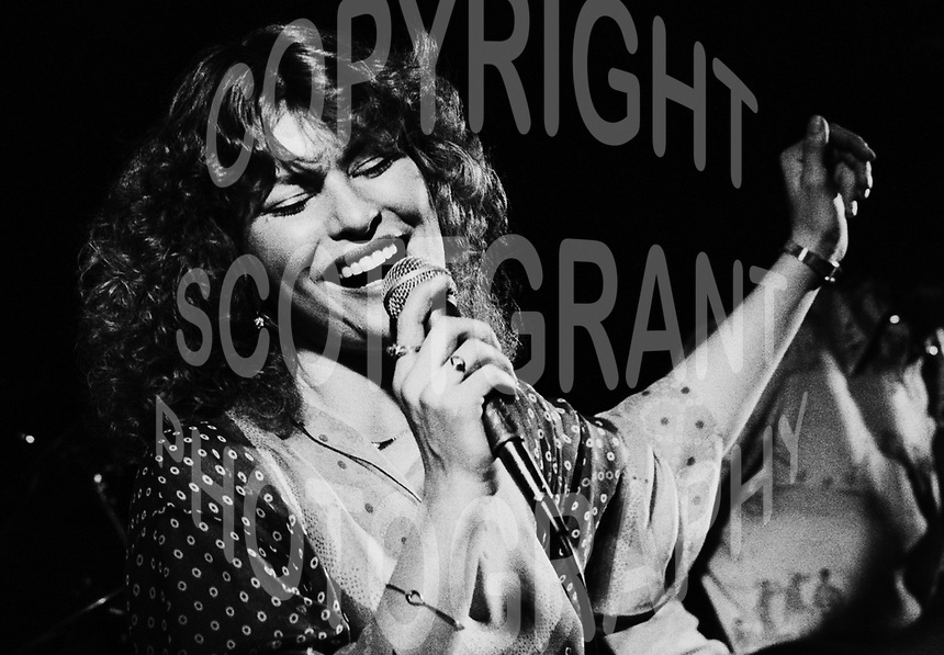 Lisa Hartt Canadian Singer 1978. Photo F. Scott Grant