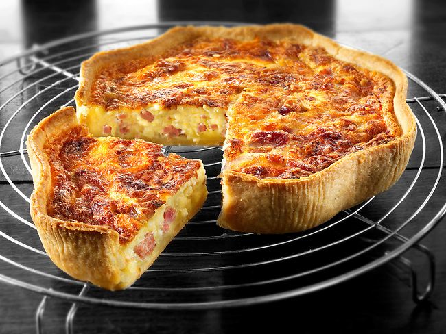 quiche; Lorraine; quiches; recipe; prepared; food; eggs; baked; pastry; studio; photo; traditional